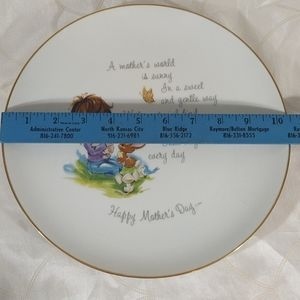Vintage Accents - Hollie Hobby Mother's Day Collectible Plate